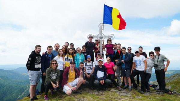Over 100 Hikeaholics in the Călimani Mountains