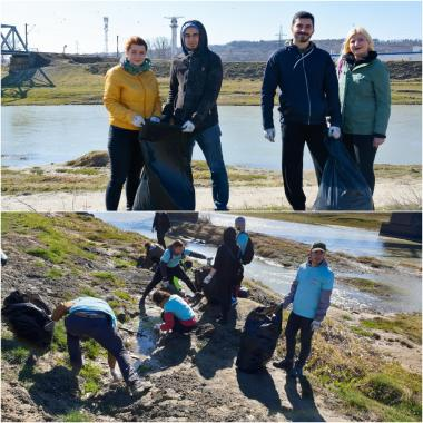 ASSIST Software team working together in order to the #trashtag Challenge